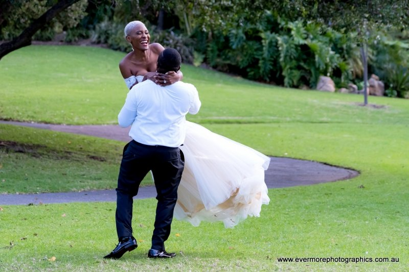 Wedding Photography Album | Adelaide South Australia | Veale Gardens
